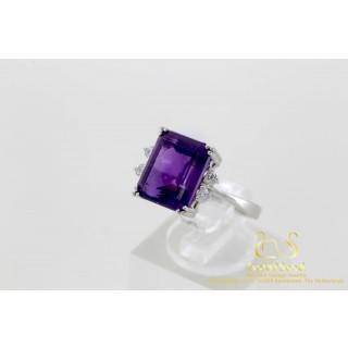 Amethist met diamanten ring witgoud 18 karaat