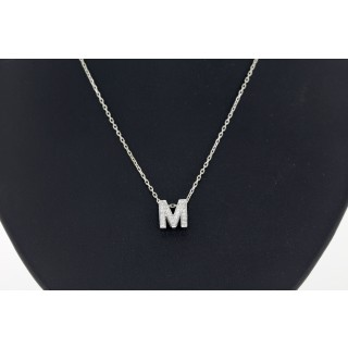Letter M diamanten hanger met collier 14 karaat witgoud