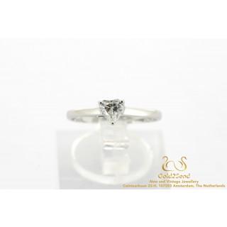 Hartje diamant witgouden ring