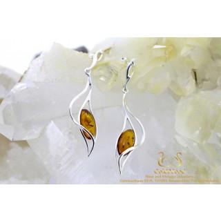 Leaf drop barnsteen zilveren oorstekers