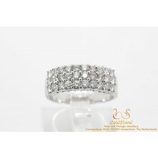 Witgouden diamanten ring drie rijen18k goud