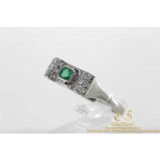 Witgouden smaragd ring met diamanten